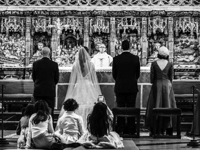 La boda de María y Manuel en Zaragoza, Zaragoza 11