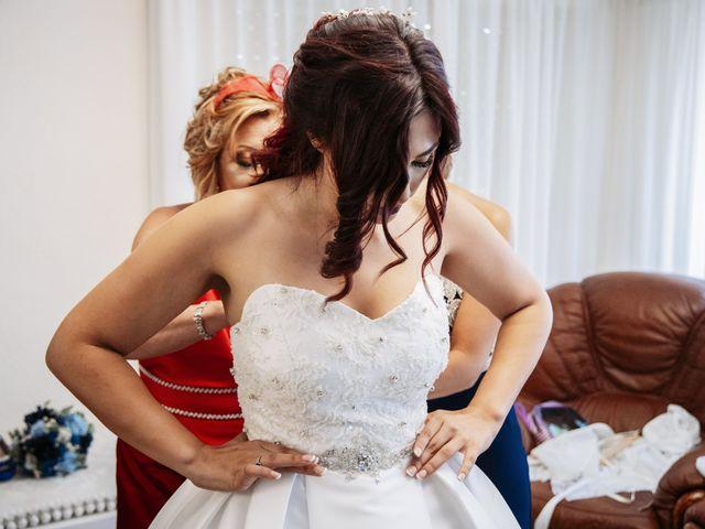 La boda de Alberto y Gemma en Crevillente, Alicante 33