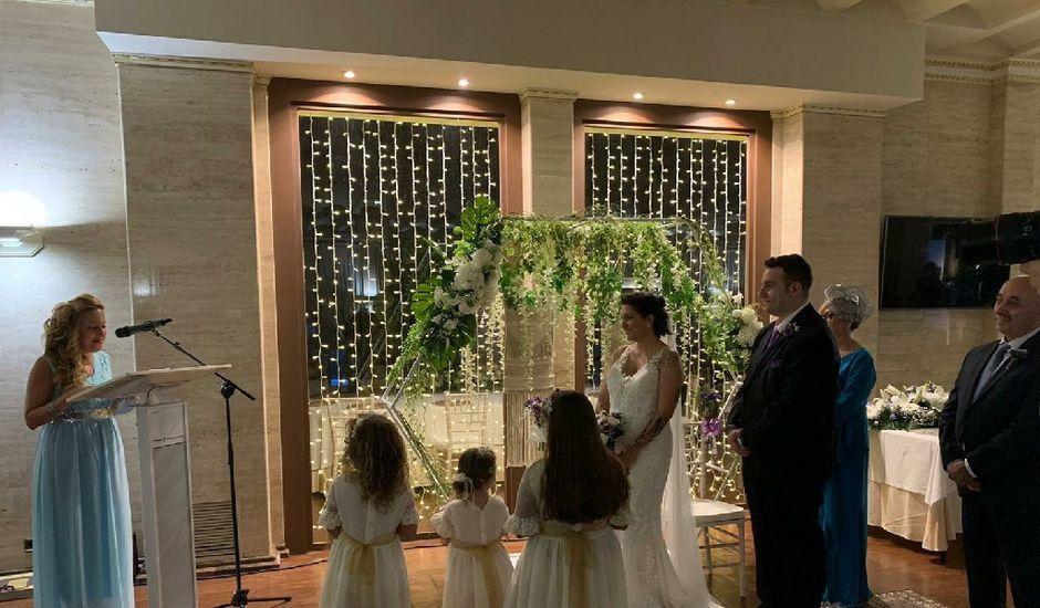 La boda de Jonathan y Jennifer en Villamediana De Iregua, La Rioja
