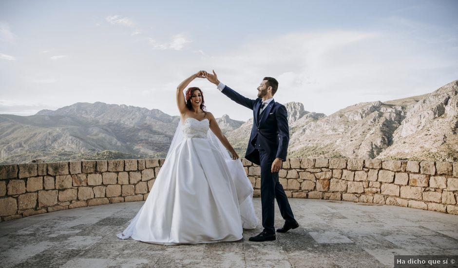 La boda de Alberto y Gemma en Crevillente, Alicante