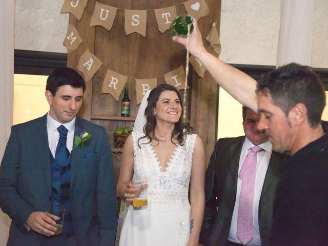 La boda de Andrés y Clara en Tiñana, Asturias 8