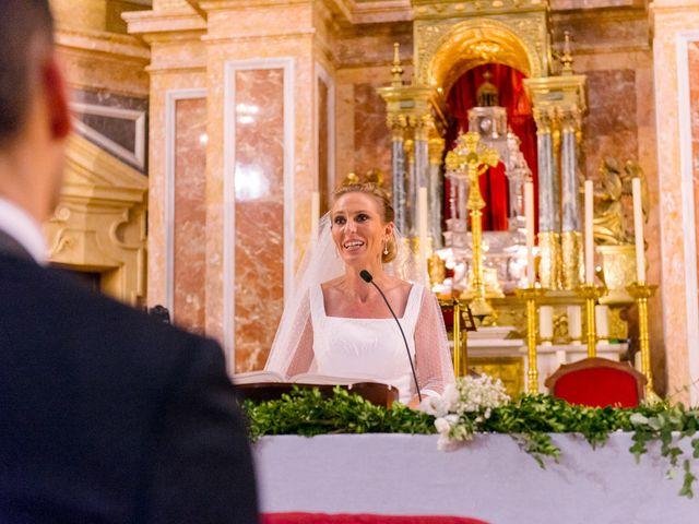 La boda de Angel y Amparo en Picanya, Valencia 33
