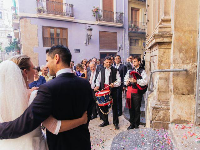 La boda de Angel y Amparo en Picanya, Valencia 40