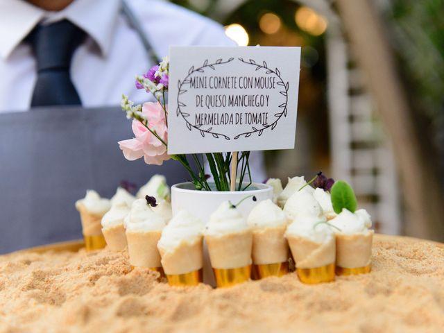 La boda de Angel y Amparo en Picanya, Valencia 70