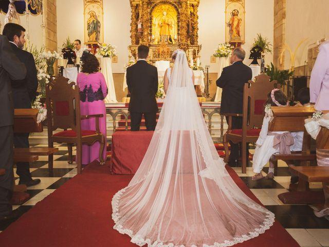 La boda de Ismael y Fátima en Valencia De Alcantara Ff.Cc., Cáceres 35