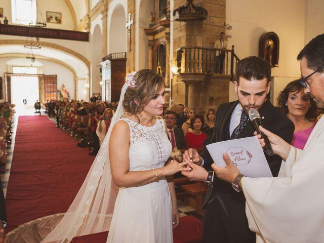 La boda de Ismael y Fátima en Valencia De Alcantara Ff.Cc., Cáceres 37