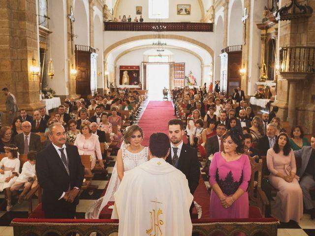 La boda de Ismael y Fátima en Valencia De Alcantara Ff.Cc., Cáceres 41