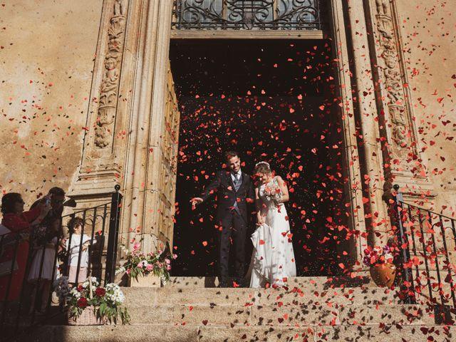 La boda de Ismael y Fátima en Valencia De Alcantara Ff.Cc., Cáceres 43