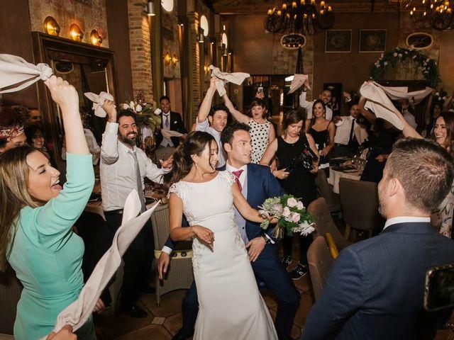 La boda de Javier y Giselle en Cembranos, León 23