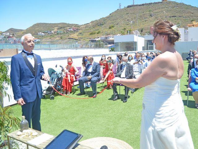 La boda de Jose y Isabel  en Santa Cruz De Tenerife, Santa Cruz de Tenerife 33