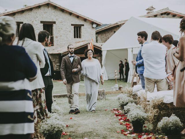 La boda de Carlos y Saida en Sant Jaume De Frontanya, Barcelona 43