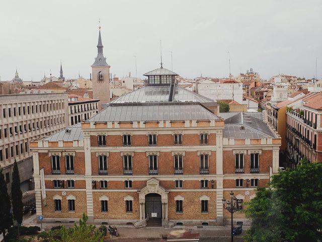 La boda de Leandro y Marta en Madrid, Madrid 16