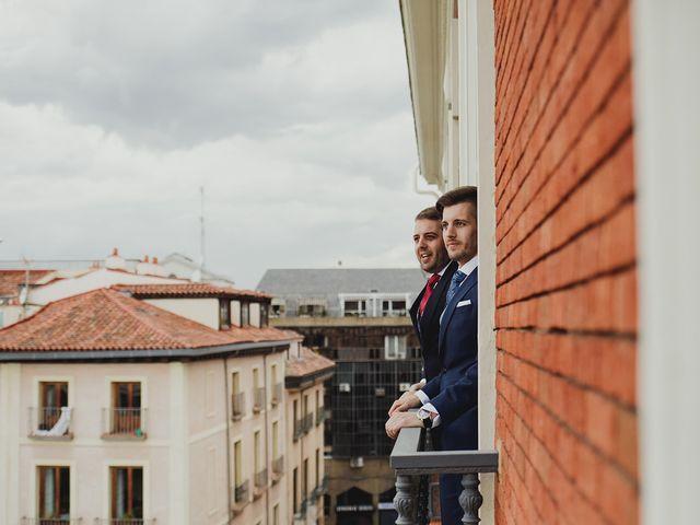 La boda de Leandro y Marta en Madrid, Madrid 25