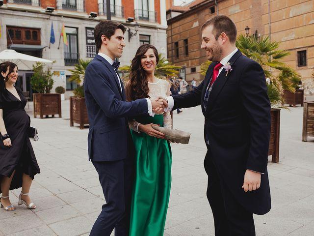 La boda de Leandro y Marta en Madrid, Madrid 64