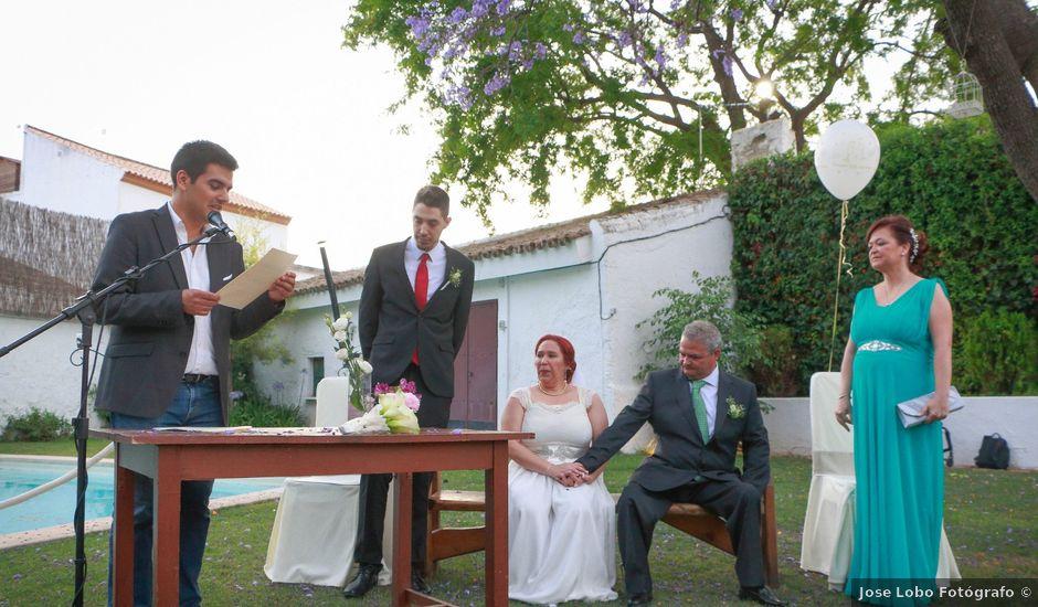 La boda de Antonio y Angeles en Sevilla, Sevilla