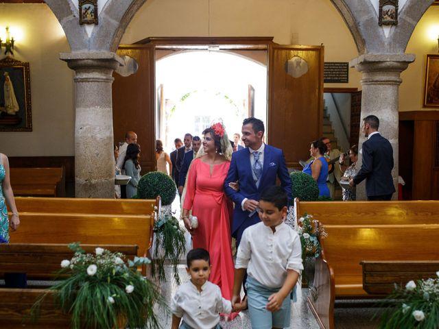 La boda de Victor y Maleni en Arroyo De San Servan, Badajoz 38