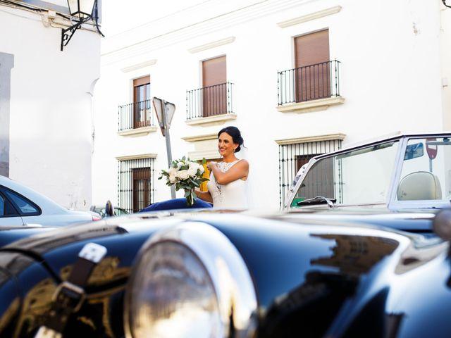 La boda de Victor y Maleni en Arroyo De San Servan, Badajoz 39
