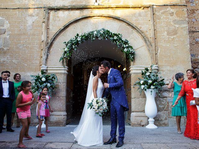 La boda de Victor y Maleni en Arroyo De San Servan, Badajoz 56