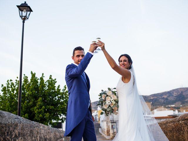 La boda de Victor y Maleni en Arroyo De San Servan, Badajoz 64