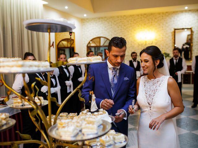 La boda de Victor y Maleni en Arroyo De San Servan, Badajoz 70