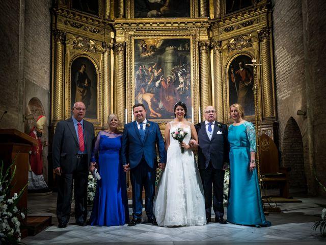 La boda de Jesús y Rosa en Sevilla, Sevilla 39