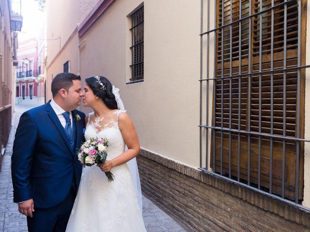 La boda de Jesús y Rosa en Sevilla, Sevilla 52