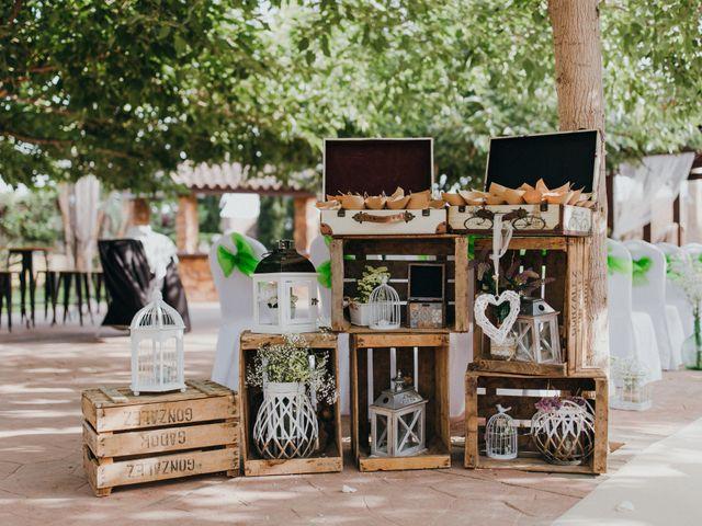 La boda de Jordan y Irene en Rioja, Almería 27