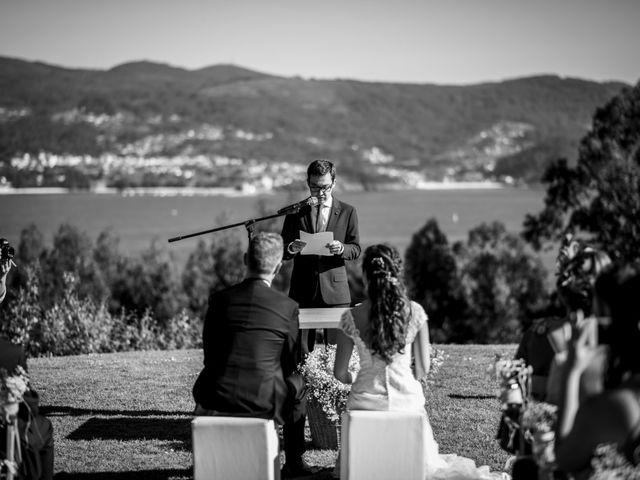 La boda de Álex y Sandra en Raxó (Poio), Pontevedra 14
