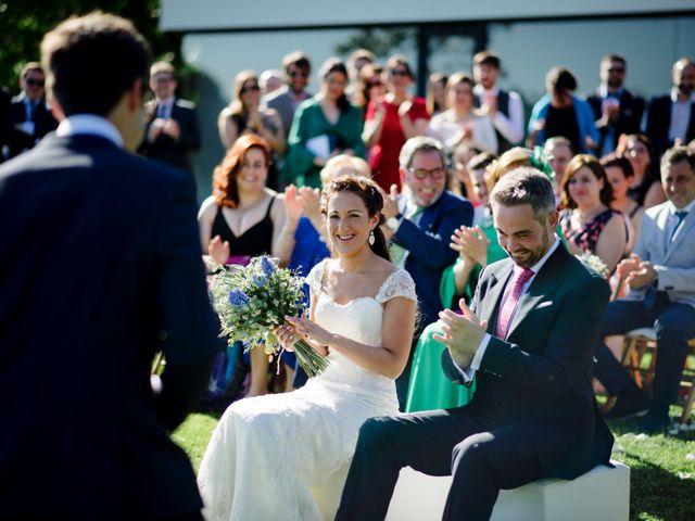 La boda de Álex y Sandra en Raxó (Poio), Pontevedra 15