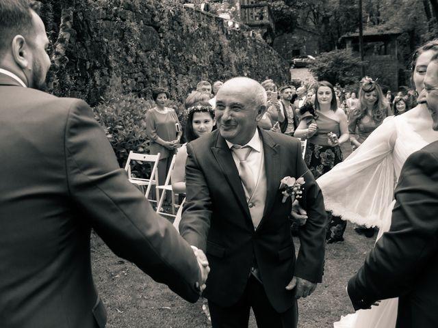 La boda de Iván y Dora en Santiago De Compostela, A Coruña 18