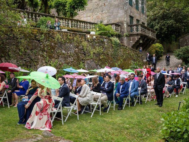 La boda de Iván y Dora en Santiago De Compostela, A Coruña 26