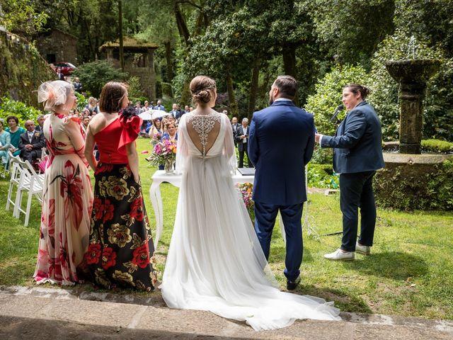 La boda de Iván y Dora en Santiago De Compostela, A Coruña 22
