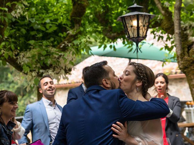 La boda de Iván y Dora en Santiago De Compostela, A Coruña 27