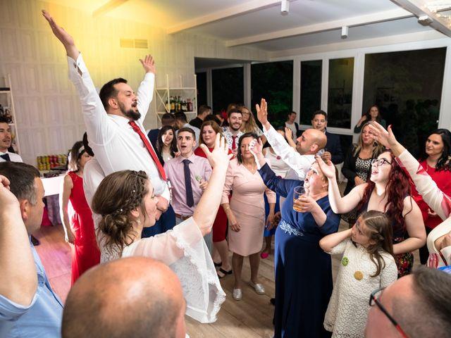 La boda de Iván y Dora en Santiago De Compostela, A Coruña 42