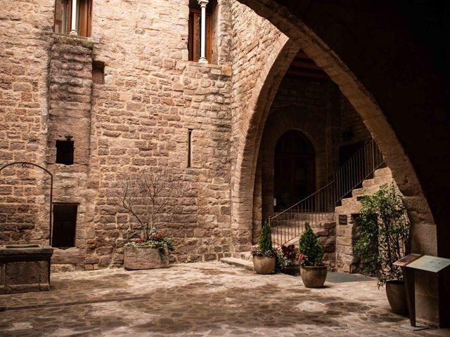 La boda de Jesús y Marta en Cardona, Barcelona 4