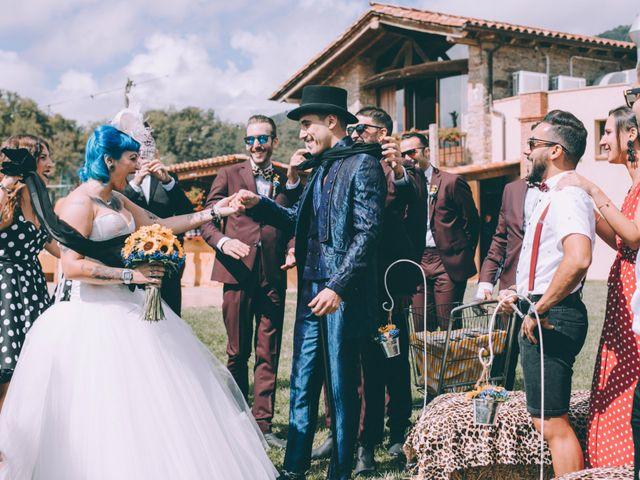 La boda de Adrián y Aida en Sant Andreu De La Vola, Barcelona 6