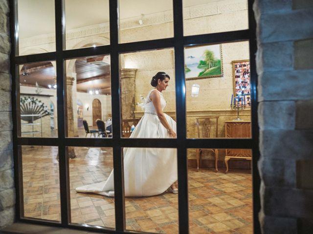 La boda de Carlos y Myriam en Orihuela, Alicante 61