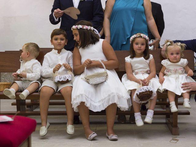 La boda de Carlos y Ana en Tribaldos, Cuenca 15