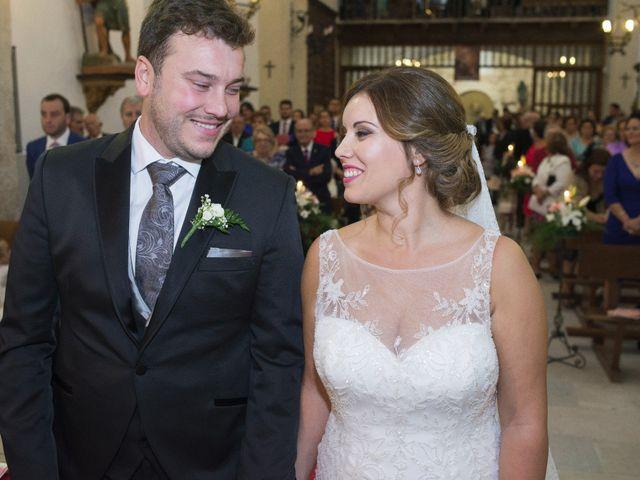 La boda de Carlos y Ana en Tribaldos, Cuenca 16