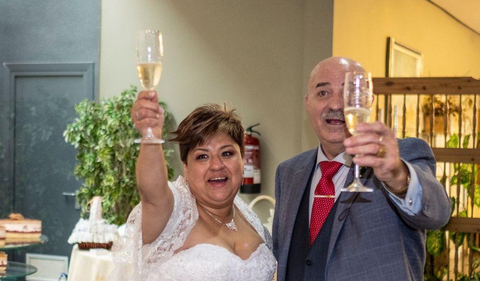 La boda de Elizabeth y Jesús Tomás en La Almunia De Doña Godina, Zaragoza