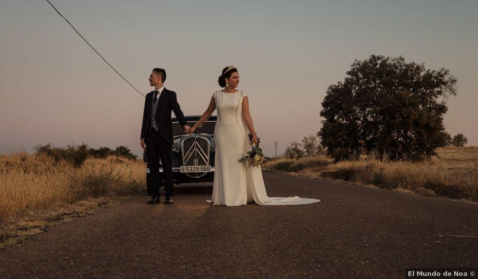 La boda de David y Ruth en Quintana De La Serena, Badajoz