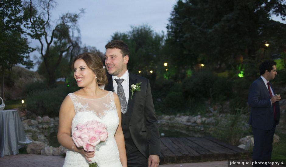 La boda de Carlos y Ana en Tribaldos, Cuenca