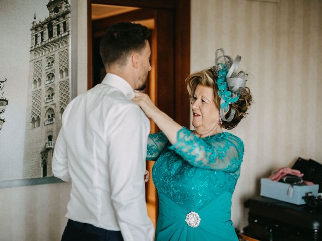 La boda de José Luis y Kelly en Santiponce, Sevilla 9