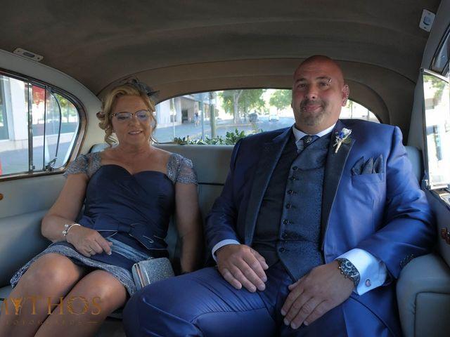 La boda de Juan Carlos y Eva Maria en Sevilla, Sevilla 6
