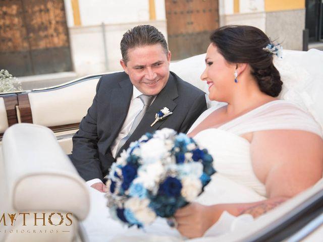 La boda de Juan Carlos y Eva Maria en Sevilla, Sevilla 24