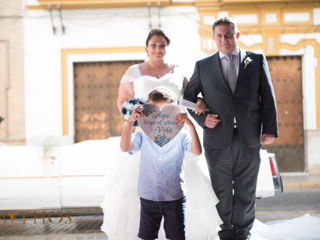 La boda de Juan Carlos y Eva Maria en Sevilla, Sevilla 25