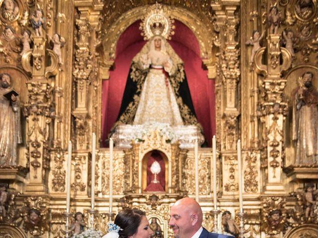 La boda de Juan Carlos y Eva Maria en Sevilla, Sevilla 32