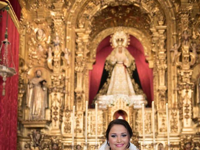 La boda de Juan Carlos y Eva Maria en Sevilla, Sevilla 33