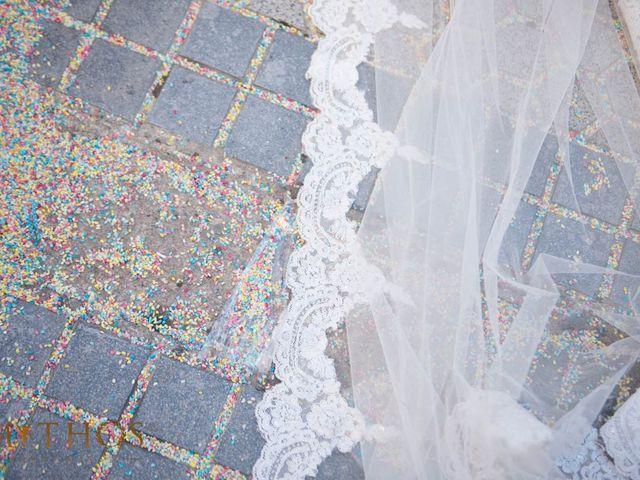 La boda de Juan Carlos y Eva Maria en Sevilla, Sevilla 36
