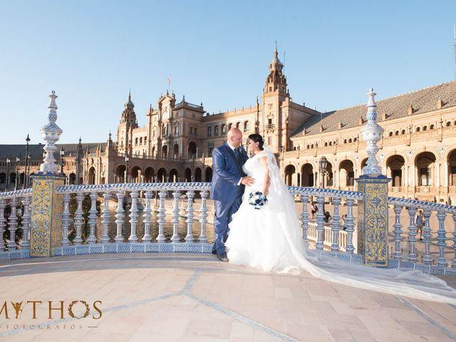 La boda de Juan Carlos y Eva Maria en Sevilla, Sevilla 41